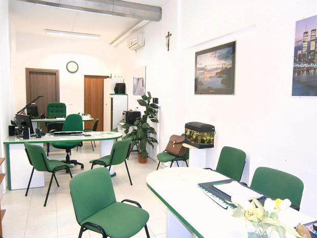 Prima Classe Immobiliare - Pescara - PRIMA CLASSE IMMOBILIARE è una società - Subito Impresa+