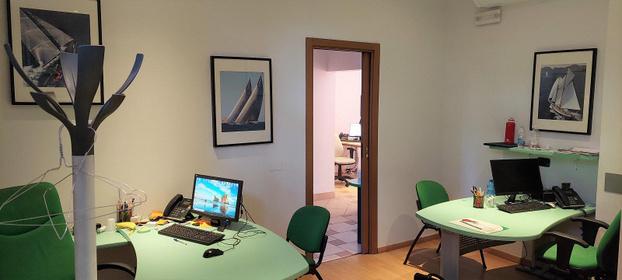 TECNOCASA - STUDIO DELTA COMMERCIALE - Milano - La nostra agenzia è situata in una POSI - Subito