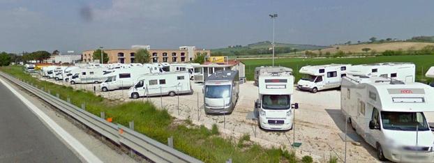 Campermania - Tolentino - Sede offcina: C.da Cisterna 88 Tolentino - Subito Impresa+