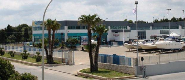 Calpasen & C srl - PETERNAUTICA - - Mola di Bari - La Calpasen & C SRL - PeterNautica è un - Subito Impresa+