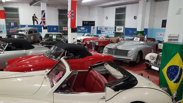 Cdinternationalcars brescia classic cars seller for Subito auto brescia