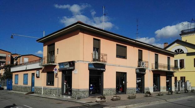 CRISTINI ANTONIO - Abbiategrasso - Concessionaria ufficiale Gruppo Piaggio - Subito Impresa+