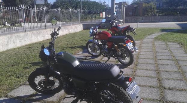TUTTO MOTO - Airola - Tutto Moto Di Nicola Piscitelli  racchiu - Subito