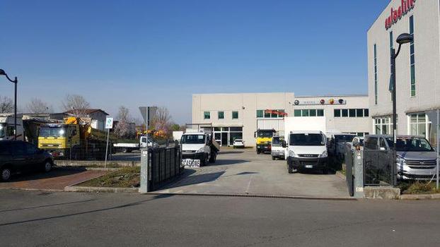 Camion car srl reggio nell 39 emilia subito impresa for Subito it reggio emilia arredamento