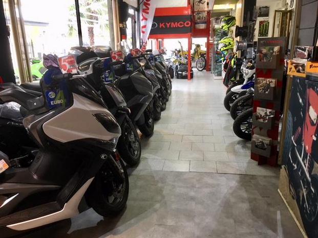 MOTOCENTER - Fagnano Olona - Fagnano Olona - Dove altri vedono una moto, noi vediamo - Subito Impresa+
