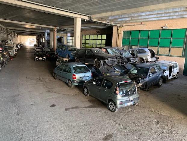 AUTODEM. S. MARINO RICAMBI NUOVI USATI 3334910700 - Rimini - LA NOSTRA AZIENDA RIFORNISCE IN TUTTA IT - Subito Impresa+