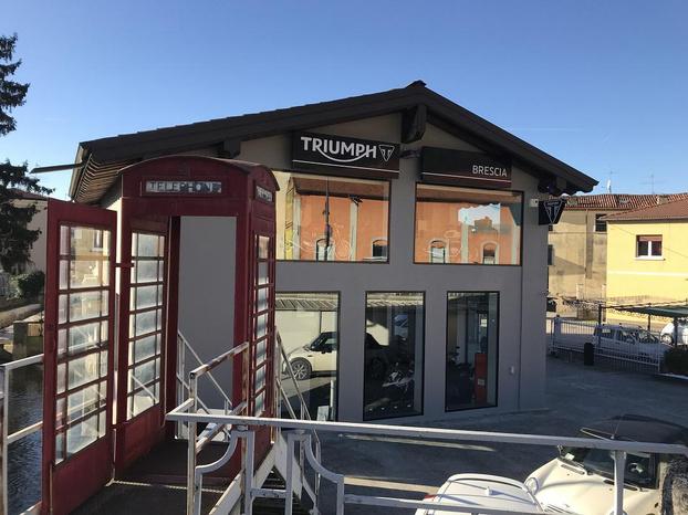 TRIUMPH BRESCIA - Brescia - CONCESSIONARIA UFFICIALE TRIUMPH DAL 200 - Subito Impresa+