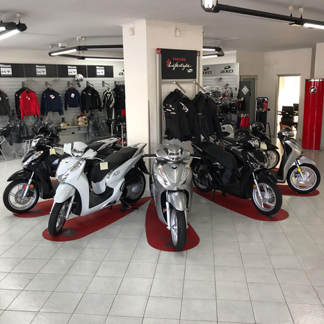 ValentinoRacing Srl - Caserta - Valentino Racing Concessionaraia Ufficia - Subito Impresa+