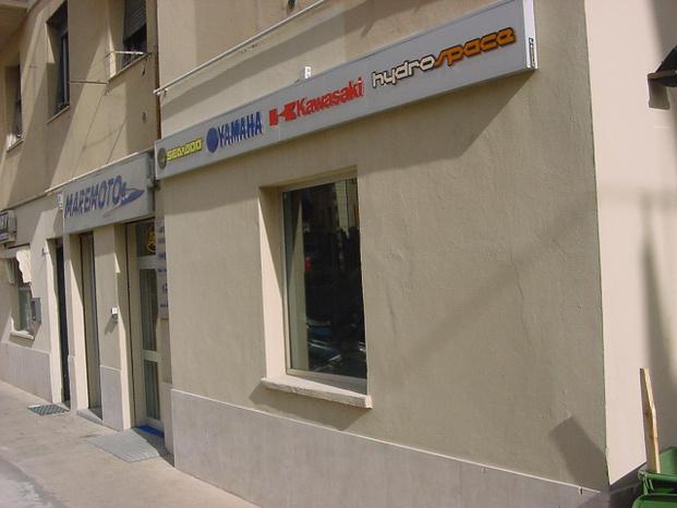MAREMOTO SAS di Morabito Sergio & C. - Genova - Dal 1990 Maremoto Sas è concessionaria - Subito Impresa+