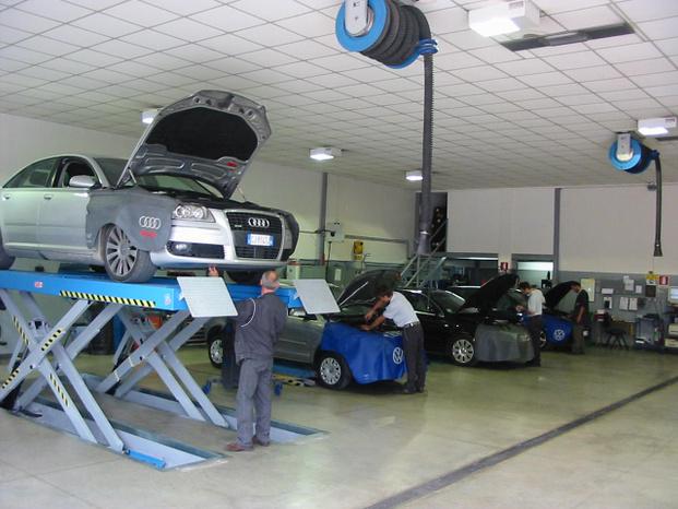 Autoleader snc - Fabriano - Autoleader snc  Service Partner ufficial - Subito Impresa+