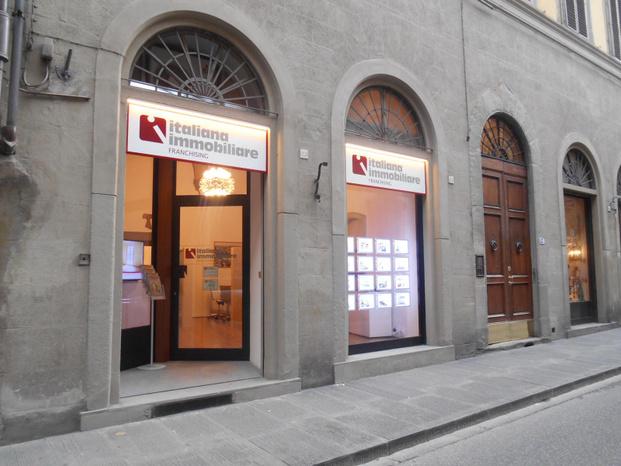 ITALIANA IMMOBILIARE Firenze Oltrarno - Firenze - Italiana Immobiliare è frutto dell'in - Subito Impresa+