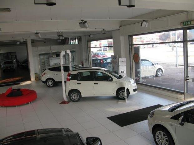 COZZA AUTOMOBILI - Montecchio Maggiore - Cozza Automobili è una storica organizz - Subito Impresa+