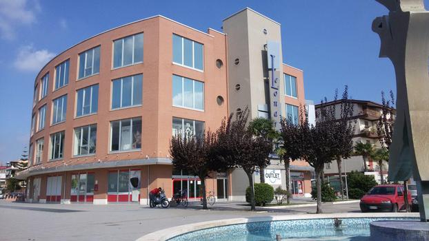 Ufficio Di Lavoro Napoli Subito It : Gruppo aqr milano aqr è la società di servizi di corpora