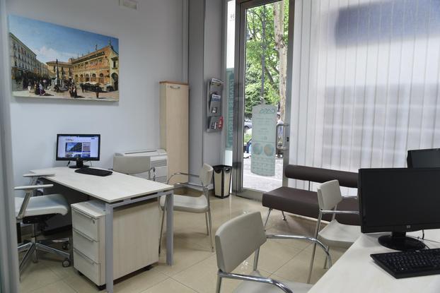 Agenzia immobiliare Casafin - Avellino - Subito Impresa+
