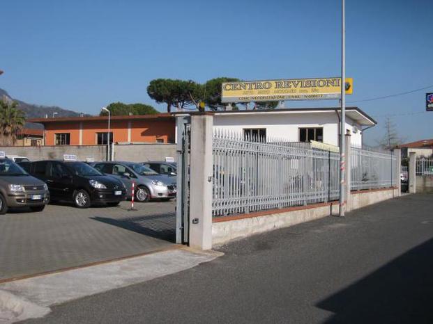 DE LUIGI s.r.l. - Carrara - Concessionaria renault dacia , Rivendito - Subito Impresa+