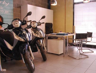 BUSDRAGHI SAS - Pontedera - Concessionaria Piaggio, Vespa, Gilera Ve - Subito Impresa+