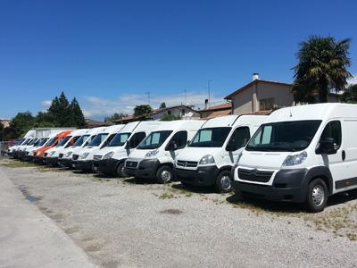 R4 snc Veicoli Commerciali / Furgoni - Mogliano Veneto - R4 autofficina , elettrauto e centro rev - Subito Impresa+